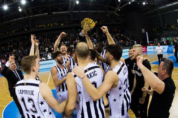 Kutiék nyerték a Sepsi Arénában rendezett izgalmas kupadöntőt