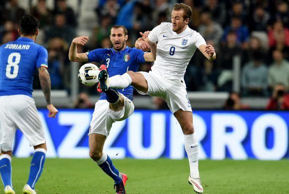 Olaszok másodszor, vagy angolok először? Ki nyeri az EB-döntőt?