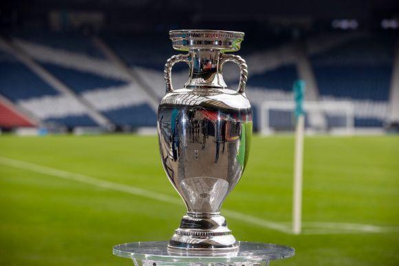 Kik az esélyesek az év csúcseseményén, a labdarúgó Európa-bajnokságon?