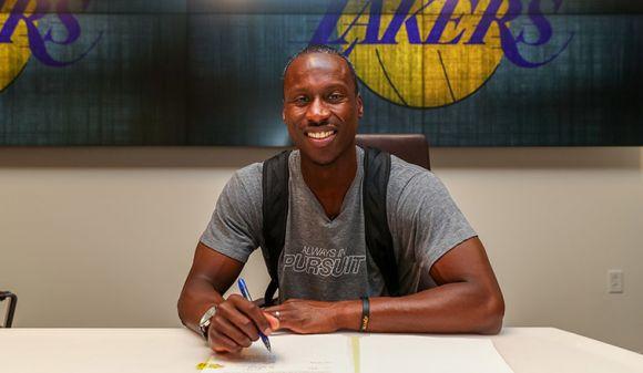 Tíz évig fáradozott, míg végül lehetőséget kapott az NBA-ben