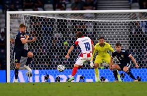 EB D-csoport: Továbbjutott Horvátország, Modric hatalmas gólt lőtt