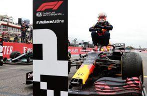 F1: Utolsó előtti körös előzéssel verte Vertstappen Hamiltont