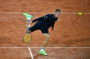 Fucsovics legyőzte a 4. kiemelt Medvegyevet a Roland Garroson
